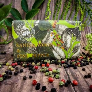 Луксозен Сапун The English Soap Company Sandalwood and Pink Pepper Soap 240g